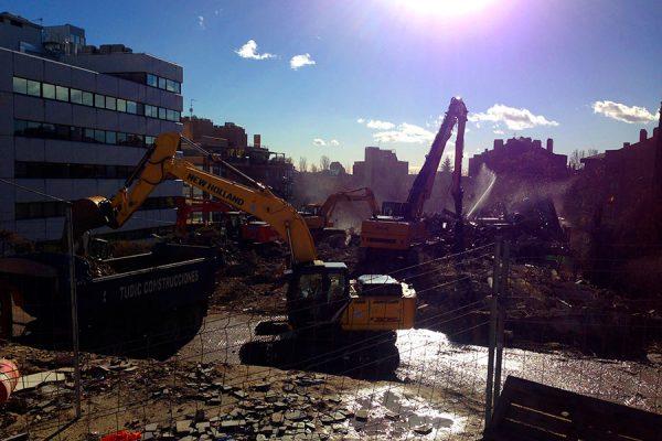 demoliciones-grua-sol